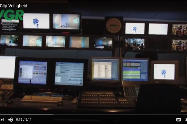 regieruimte van calamiteitenzender RTV Rijnmond
